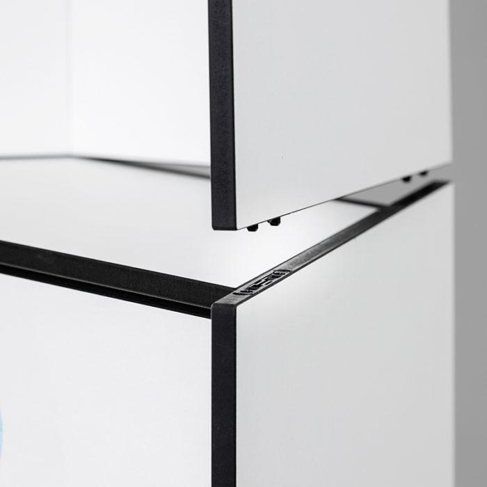Design Hygienestationen und Desinfektionsspender: hygn.me Station 1 Verbindung von Modulen mit einfachem Mechanismus zum Stecken